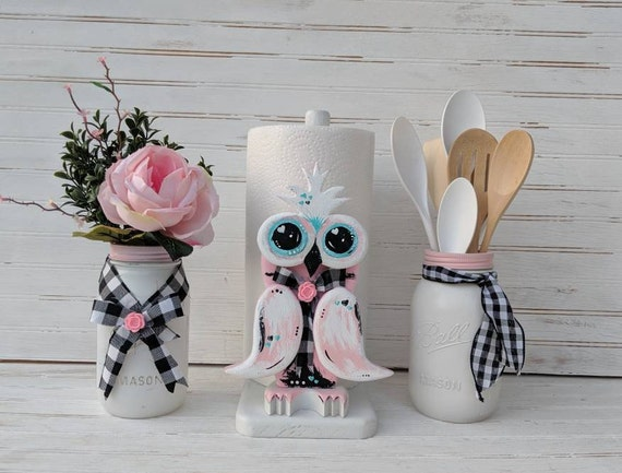 Paper Towel Holder, Owl - Pink Owl Decor -Owl Art -Pink Home Decor - Woodland Cottage -Cottage Art - Farmhouse Decor - Country Cottage Decor