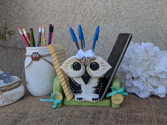 Owl Desk Decor Set With 2 Painted Mason Jars,Makeup Holder,Teacher Gift,Phone Stand, Bathroom Storage, Pencil Holder,Cute Owl Gifts for Her