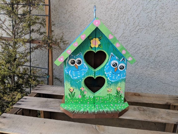 Redwood Outdoor Birdhouse/Indoor Bird house/Owl Decor/ Gift/Outdoor/ Bird/ Birds/ Owls/birdhouses/Farmhouse/Housewarming Gift/Gardener Gift