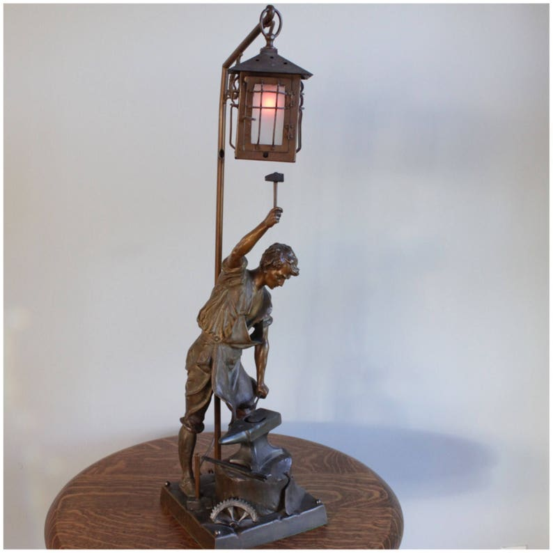 A8050 Bronze Figural Newell Post Lamp/Table Lamp image 0