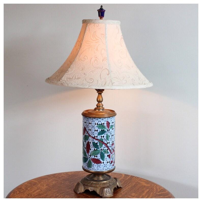 A8315 Antique Imari Table Lamp image 0