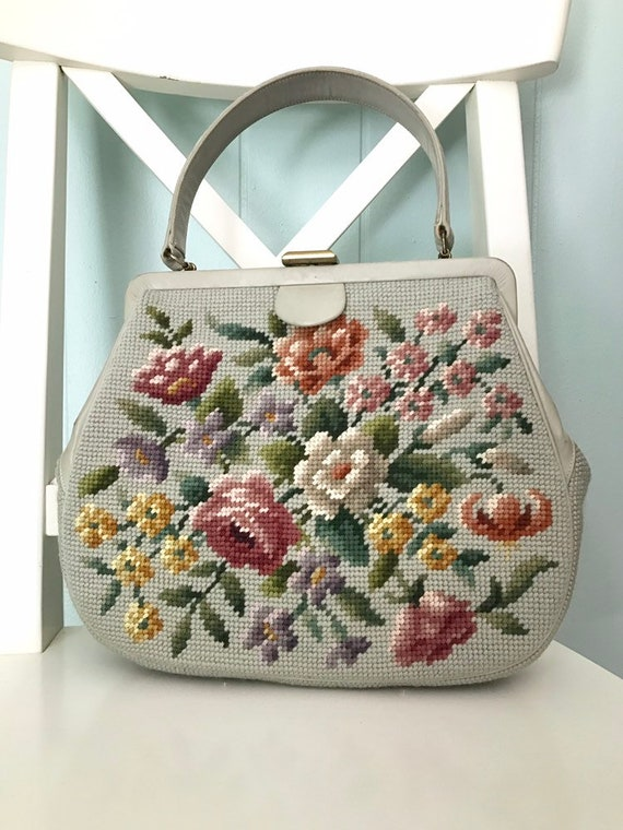 1960s Grey Floral Needlepoint Purse | 60s Flower E