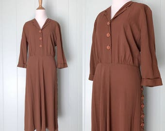 1940s Brown Button Down Shirtwaist Dress | 40s Cuffed Sleeve Collared Shirtdress | Vintage Scalloped Row of Buttons Work Day Dress