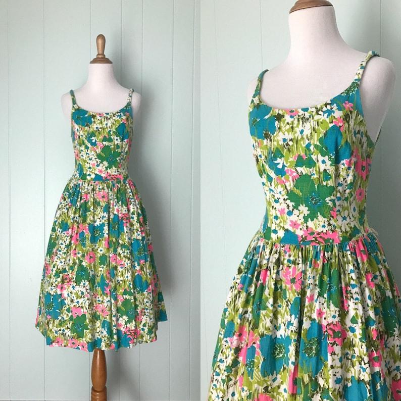 8d4c8271428 1960s Fashion Frocks Bright Floral Linen Dress 60s Flower