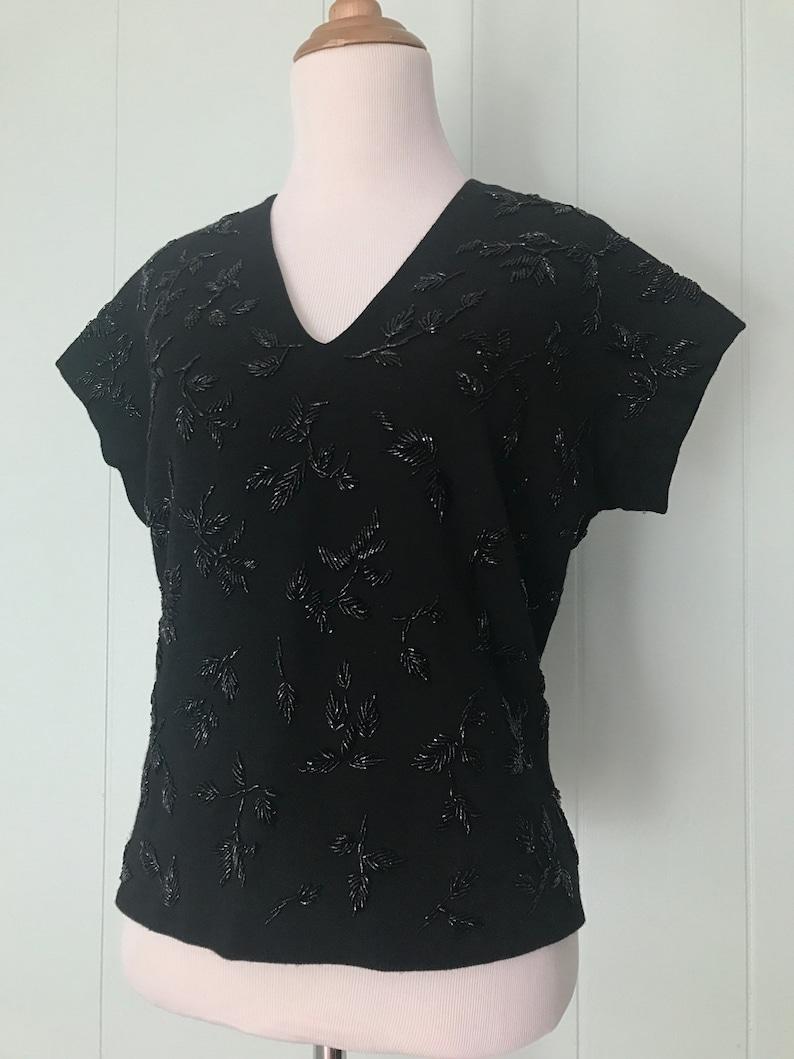 60s Short Sleeve Flower Beading Blouse Vintage V-Neck Sparkle Party Top Ladies Size M Medium 1960s Black Wool Floral Beaded Shirt