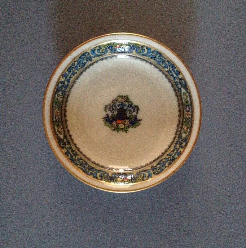 Lenox Autumn Individual Salad 5 12; As New Vintage Dessert Bowl with Design Off the Edge and Decoration on the Bottom Fruit
