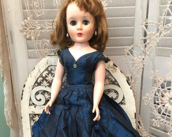 American Character American Character Sweet Sue Sophisticate Doll Dolls & Bears