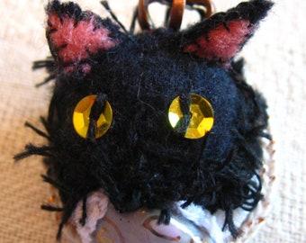 Black Kitty Stumpwork Embroidered Pin