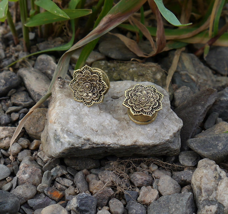 Antique Flesh Tunnel Brass Lotus Blossom Ear Plug Vintage gold bronze