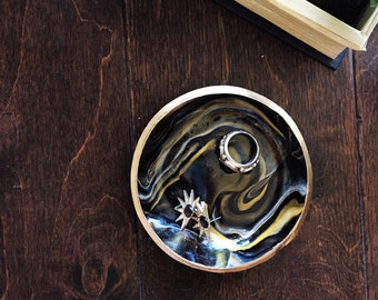 BLACK & GOLD // Handmade Marbled Clay Jewelry Dish, Ring Dish, Trinket Dish, Ring Holder, gifts for her