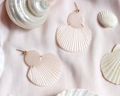 CORA in Pearlescent Shimmer // Polymer clay drop earring, statement earring, shell fan earrings, gifts for her