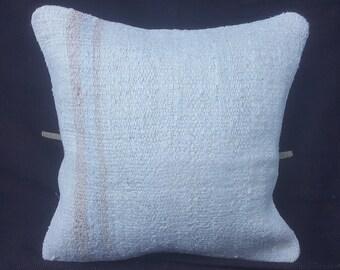 1b88234145c1 Kilim Pillow 18