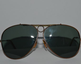 0875b2084a0780 Vintage 1970 s Unbranded Sunglasses Aviator Style Metal Frame Green Tinted  Lenses Used In Very Good Conditions