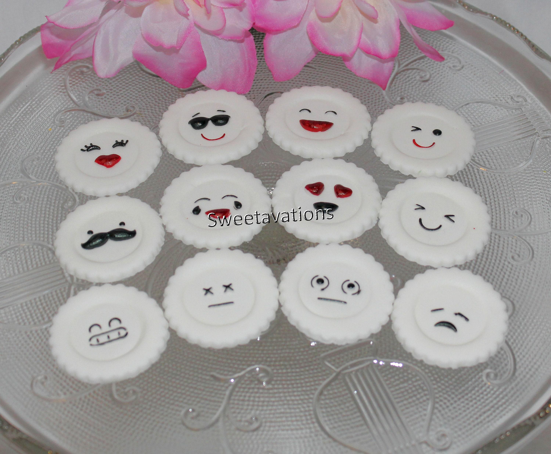 Fondant Emoji Mini Cupcake Topper