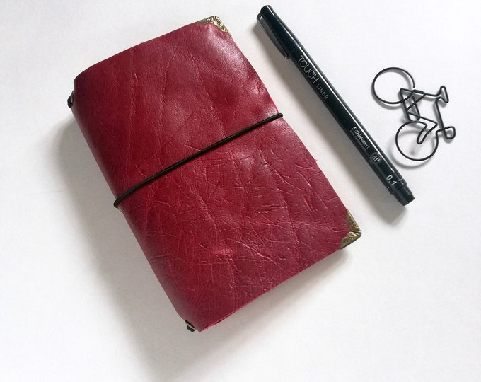 Field Notes Pocket - Red Leather Travelers Notebook cover, Fauxdori cover, FN size - Leather Journal with Refill Notebook - T111