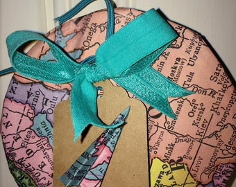 Handmade Gift Box,Graduation,Honeymoon,Moving Away,Travels,Adventure,Promotion,Wedding,Going Away Party,Guest of Honor Favor,Shower Favor