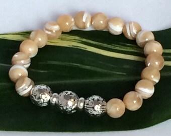 Beige Bead Bracelet, MOP, Mother of Pearl, Pewter Beads Bracelet, Unisex, BoHo Silver jewelry, Beaded Bracelet, Stone Beads Bracelet
