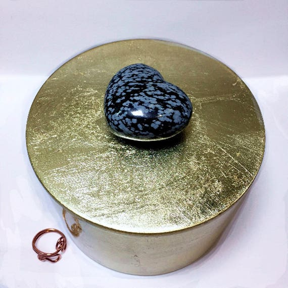 Snowflake Obsidian Gemstone HEART Gold Lacquer Box, Valentines Day Gift for Her, Black Heart Keepsake Box Valentines Day Box Vanity Storage