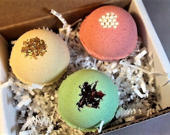 Bath Bomb Set, Bath Bomb Gift Set, gifts for girlfriend, gifts for friends, birthday gift for her, bath bombs gift set, Mother's Day gifts