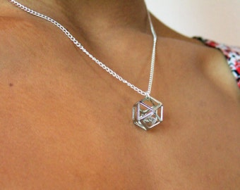 Geometric Hidden Gem Necklace // Silver Colour // Silver Plated //