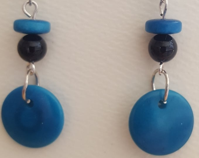 Blue Tagua Nut and Onyx