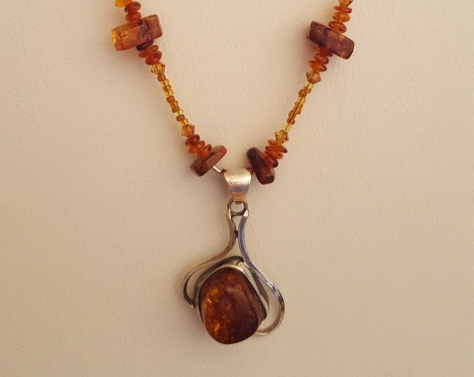 Prehistoric Pretty! Amber Pendant Necklace