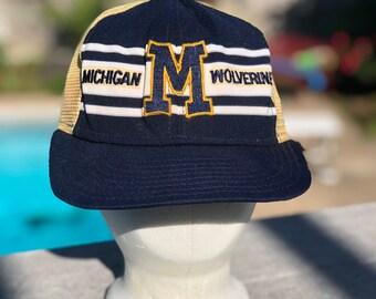 480355611b215 1980s Michigan Wolverines trucker cap hat snapback vintage