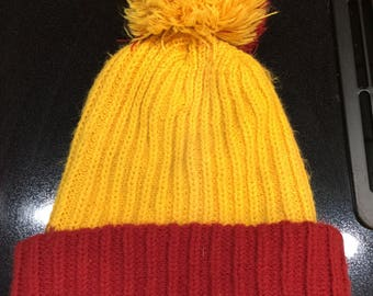 a1749533 Vintage 1980's knit cap winter maroon and gold