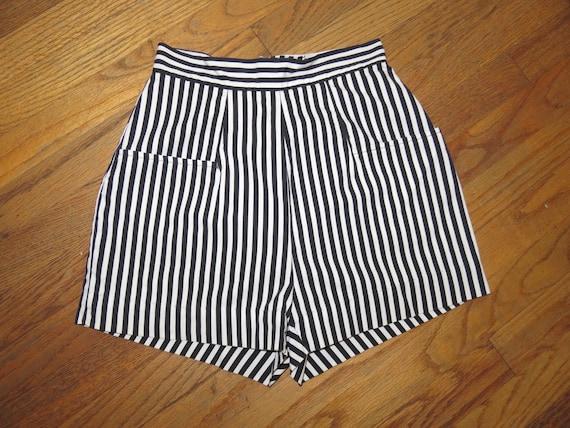 SALE! Vintage 1950s black white striped high waist