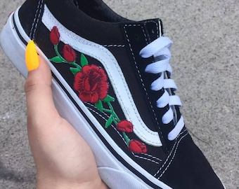 6a2a50c5fc Red ROSE EMBROIDERED Old Skool Vans Off the Wall Sneakers New w  Box  AUTHENTIC Custom Trendy BeSt PrIcE Black HandMade Men Women Gift White