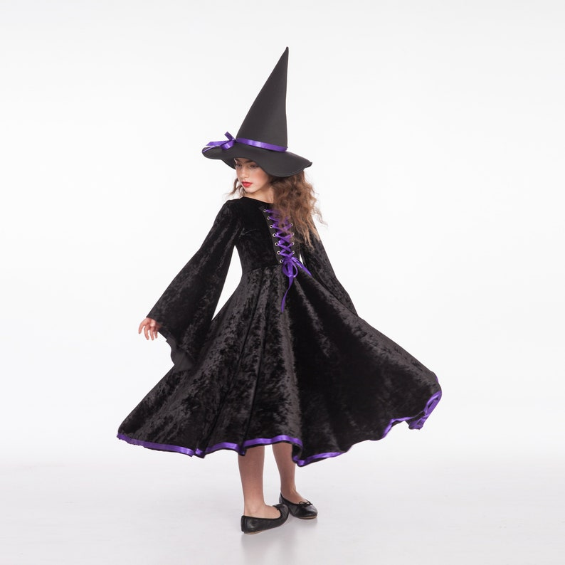 Strega Costume Costume da strega nera e viola costumi di  6ae0c329fe48