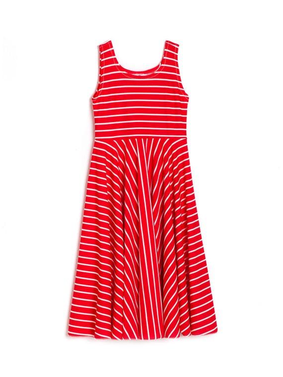 Vestido de rayas blanco y rojo