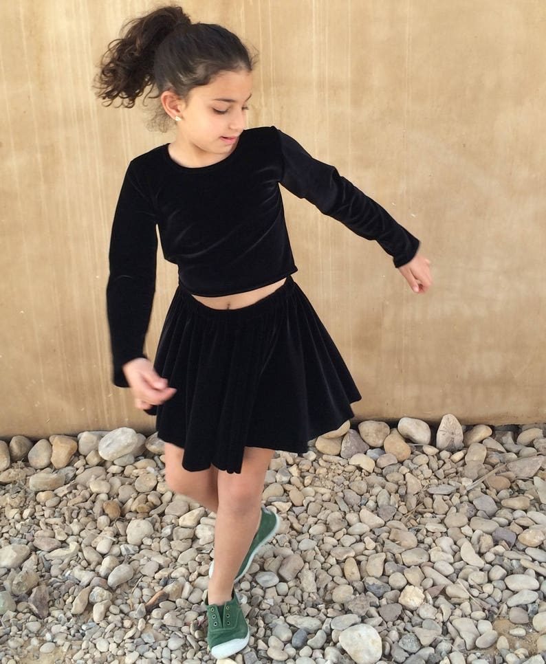 Girl Velvet Skirt. Toddler Skirt Girls Birthday Skirt Girls Full Circle Skirt Girls Black Skirt Full Circle Skirt Girls Skirt