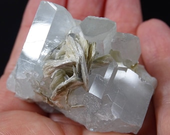 Aquamarine Crystals and Mica