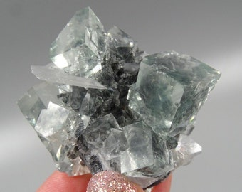 Crystal Clear, Light Green Cubic Fluorite with UV Reactive Pagoda Calcite