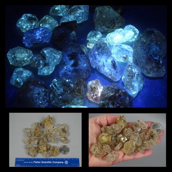 136 Gram Petroleum Skeletal / Fenster Quartz Lot - UV Reactive 365 nm LW