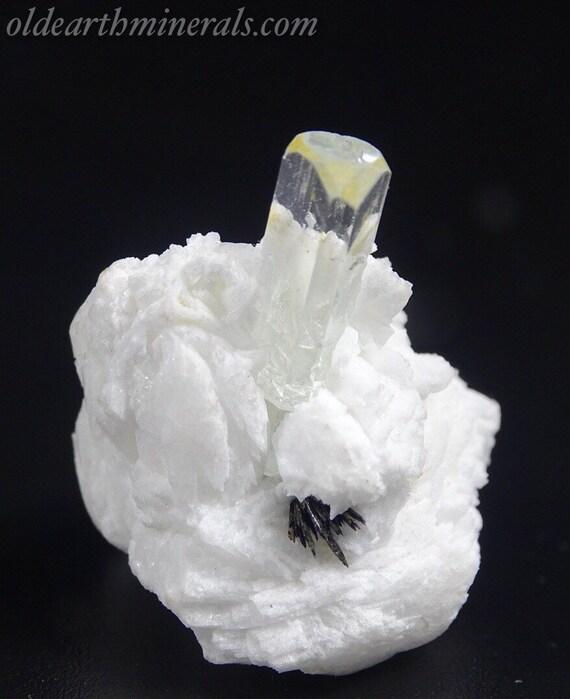 Small Pale Color Aquamarine with Epidote on Snow White Matrix
