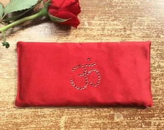 33cm ×17 cm Round Meditation Black and Red Ohm Cushion     Dimensions