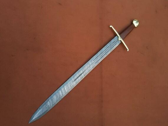 DAMASCUS handmade hunting sword with leather sheath