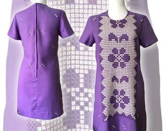 1960s Mod Embroidered Dress — Small