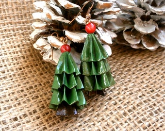 Christmas tree earrings, mini Christmas tree, origami earrings, red coral earrings, paper earrings, Christmas earrings, white Christmas tree
