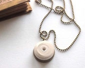 Short pearl necklace of pure white and brass handmade paper, women's jewelry, discreet necklace, gift idea, round necklace, original necklace