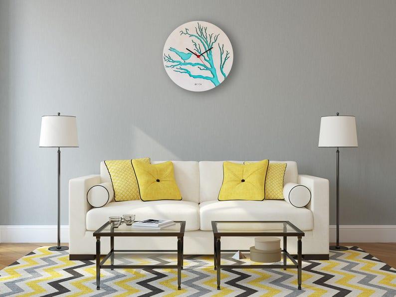 Horloge murale «Oiseau», orange, grand mur horloge, horloge en bois, bois Decor vert feuilles intérieur moderne, contreplaqué, fait à la main, swarowski, hermle