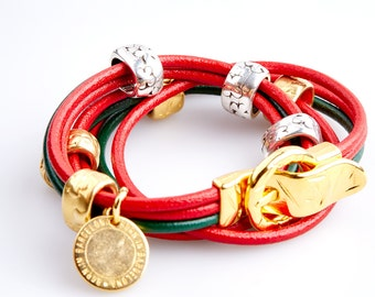 ART36 Christmas Red and Green Leather Bracelet with Silver and Golden Details