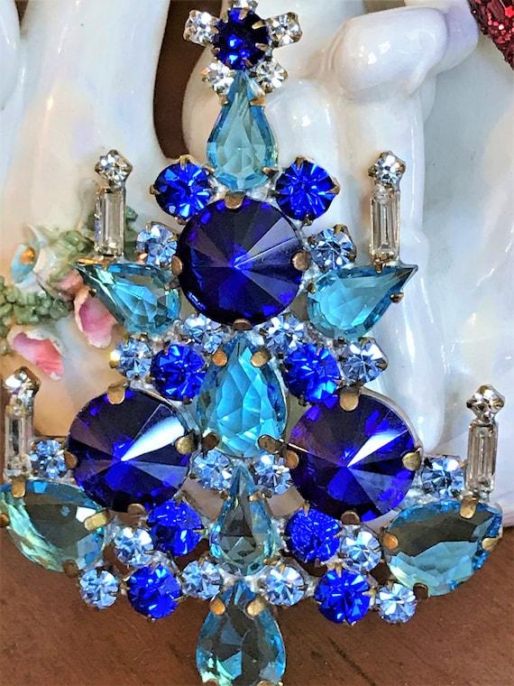 Vintage Christmas Tree Pin, Blue Vintage Christmas