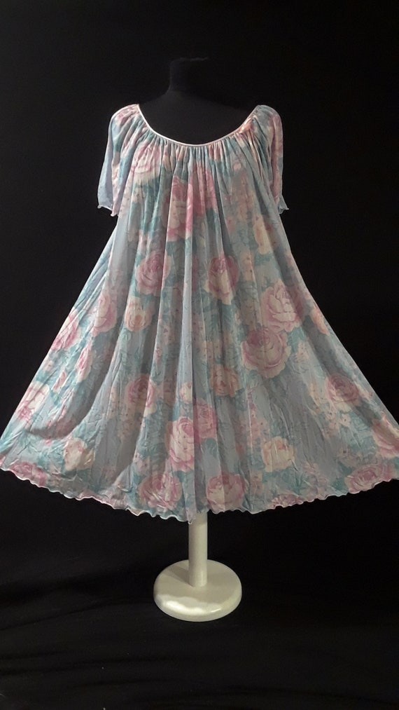 Vintage Miss Elaine Nightgown ~NWT~ Watercolor Flo