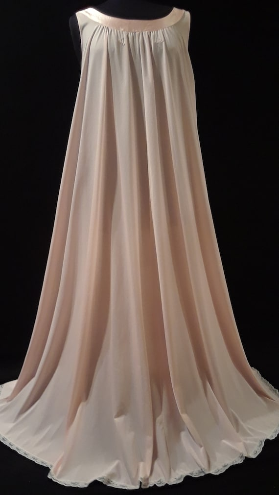 Lucie Ann Nightgown~ *GOLD LABEL* ~Peachy Pink ~M… - image 1