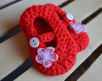 Red mary jane booties, Crochet Baby booties, Infant booties, baby shoes, Flower, red, Mary Jane,
