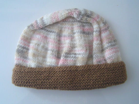 Berretto a maglia per la nascita del bambino   a 1 mese  41d939c81b6f