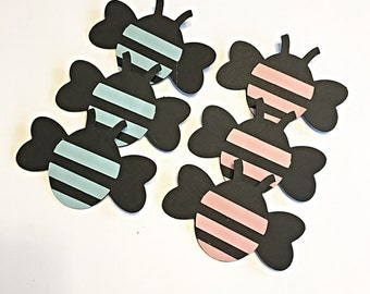 Gender reveal pins.  Bee gender reveal.  Gender reveal ideas.  Gender reveal party.   Boy or girl?   Gender reveal decorations.   Blue or Pi
